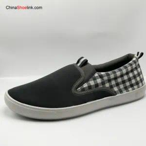 Wholesale Fashion Men′s Injection Slip On′s Canvas Shoes